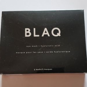 BLAQ Makeup - NYT BLAQ Hydrogel Eye Mask with Hyaluronic Acid.